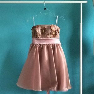 Juniors size 5 prom homecoming strapless dress